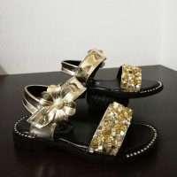 SANDAL FLOWER MIRROR (GOLD)