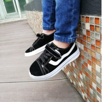 VANS SNEAKERS PIT (BLACK)